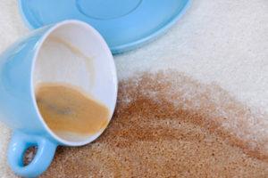 Entfernen von Kaffeeflecken